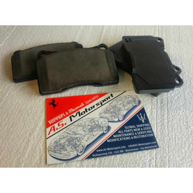Performance rear pads (SQ4)