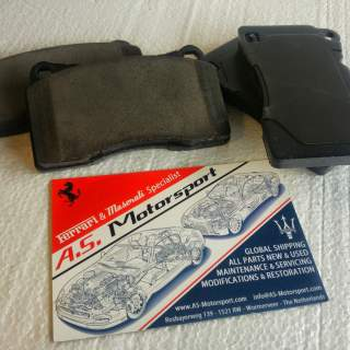 Performance brakepads (Front Carbon)